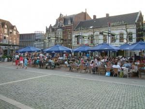 Heuvel_Tilburg_11_mei_06_013